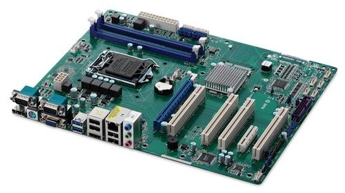 Промышленная материнская плата ADLINK с поддержкой Intel Core 4