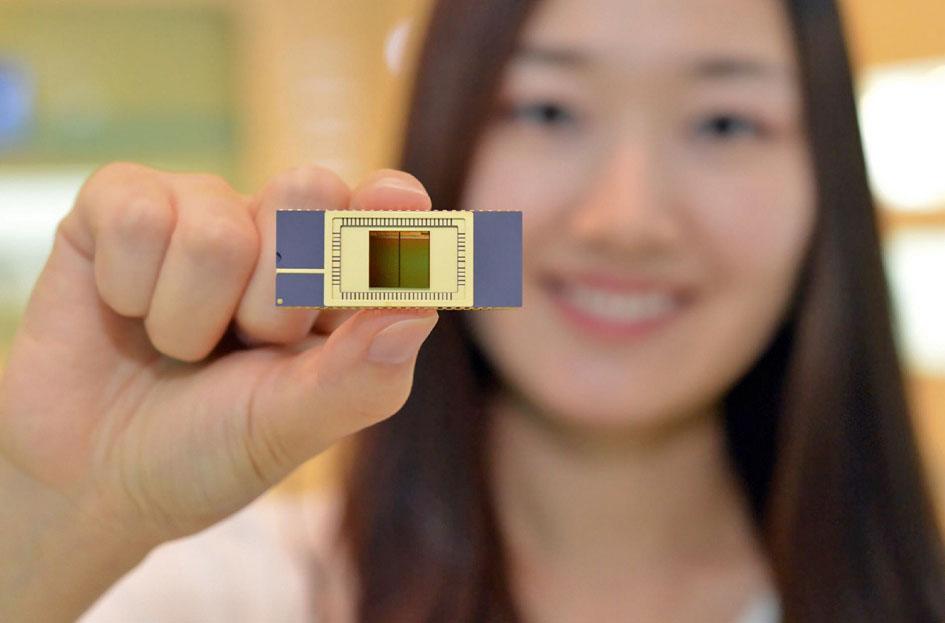 Samsung открыл эру памяти на 3D-чипах