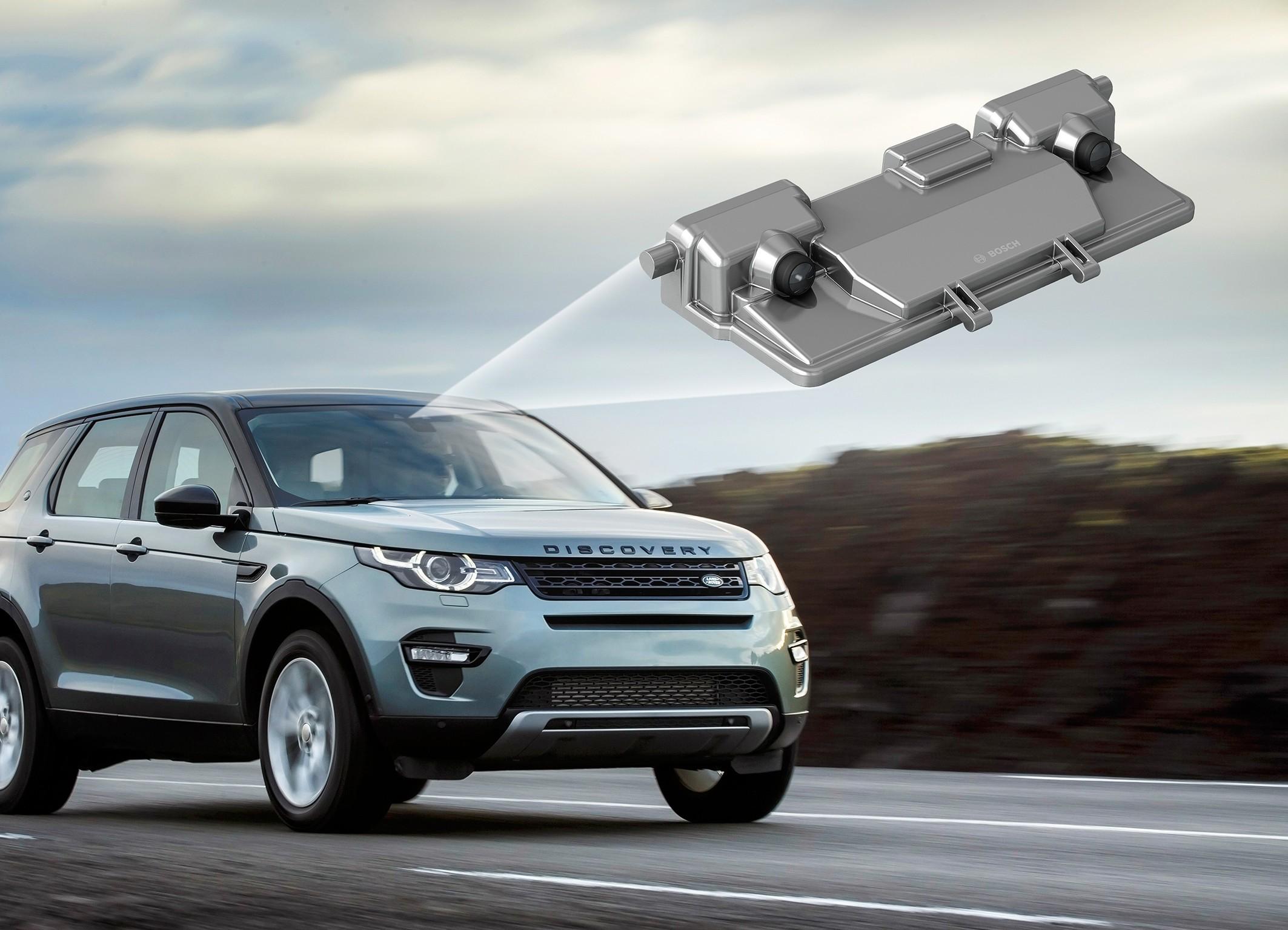 Видеокамера способна запустить систему экстренного торможения авто