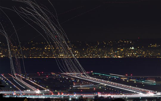 Радиолокационная система, способная сажать самолёты без участия диспетчеров