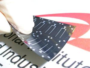 Решена проблема производства гибких солнечных батарей