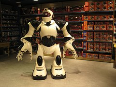 Робот в магазине: из практики реализации проектов