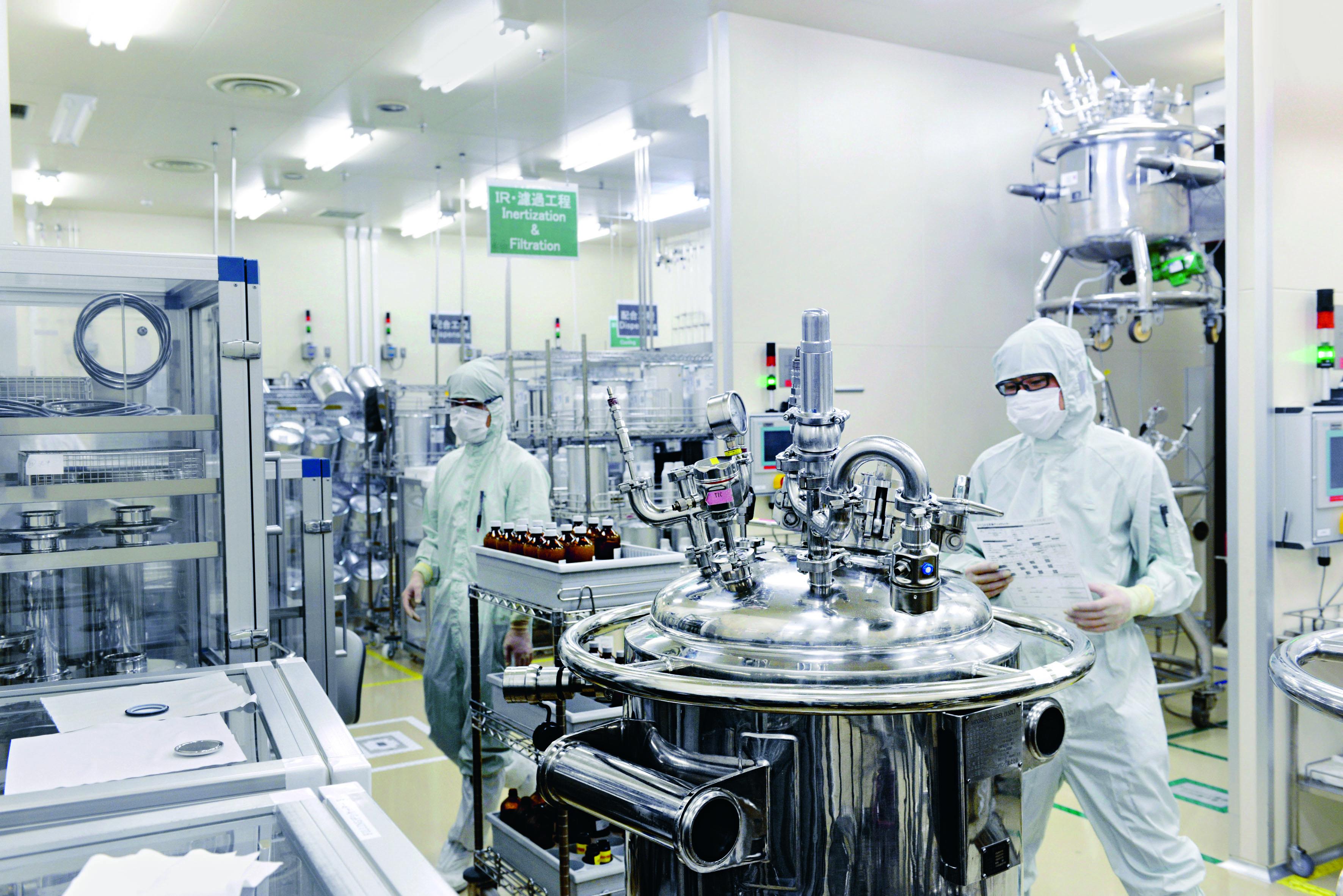 Инновационная технология производства жидких кристаллов компании «Мерк» удостоена награды