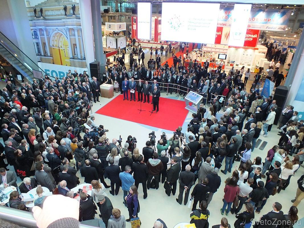 В Петербурге прошла выставка «Промышленная Светотехника 2014»