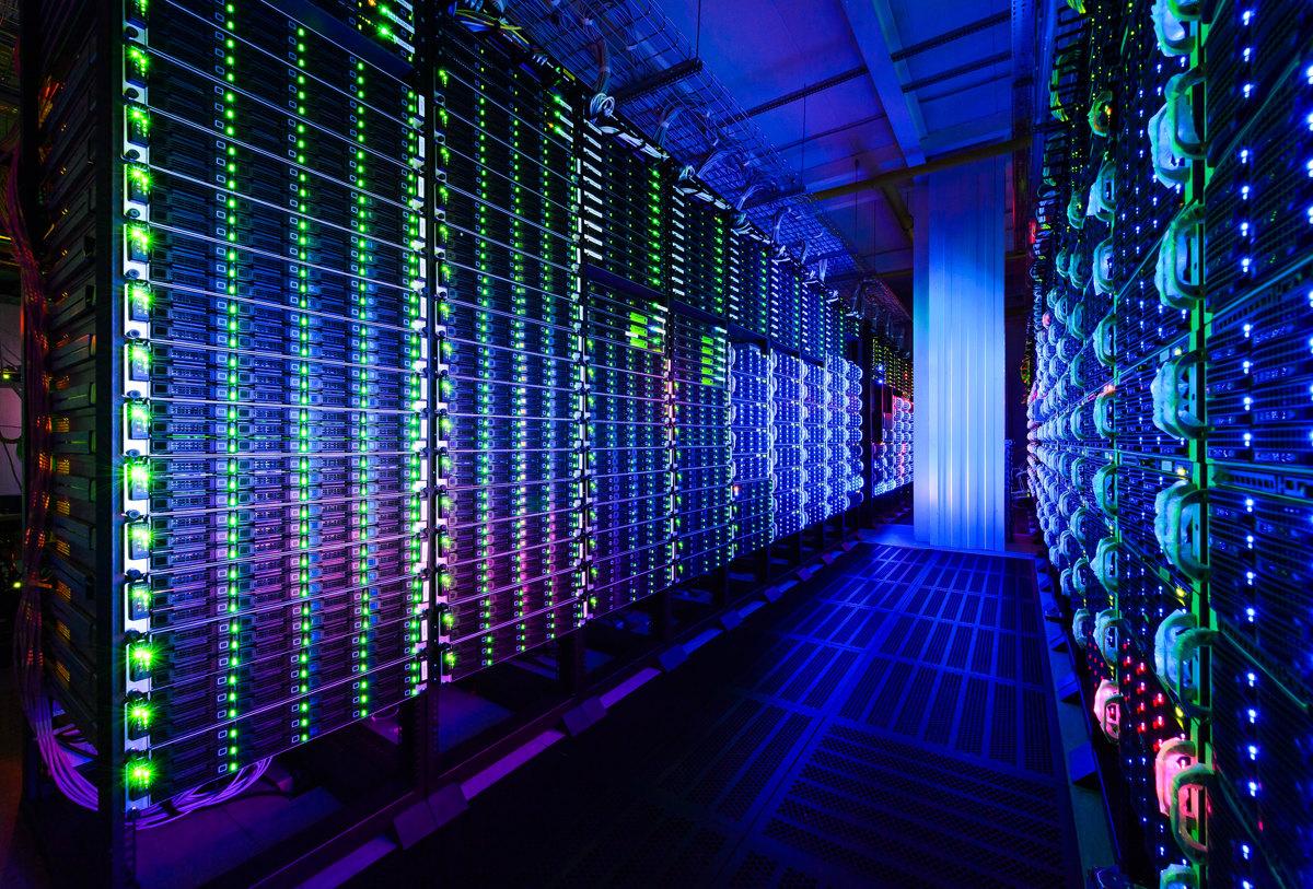 Вступает в силу закон о персональных данных