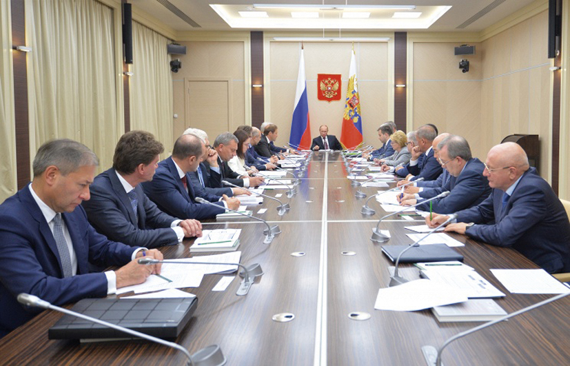 Путин: некоторые шаги иностранных партнёров угрожают поставкам микроэлектроники в РФ