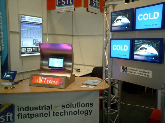 Яркий дебют новой модели TFT ЖК-дисплея от i-sft на выставке Embedded World 2008