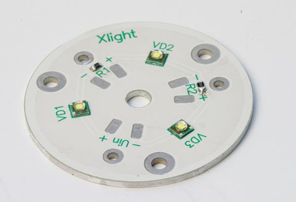 XLight® представляет кластеры с компактными светодиодами серии XP-E