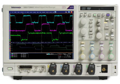 Tektronix: первое в отрасли решение для отладки и проверки на соответствие стандарту QSFP+