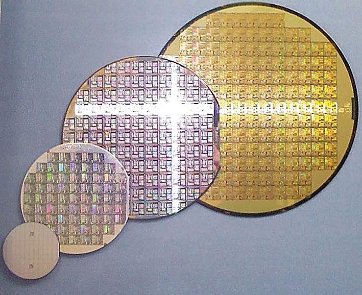 Intel готовится к переходу на 450-мм пластины