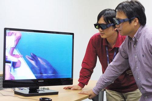 Samsung начинает продажи 3D-телевизоров