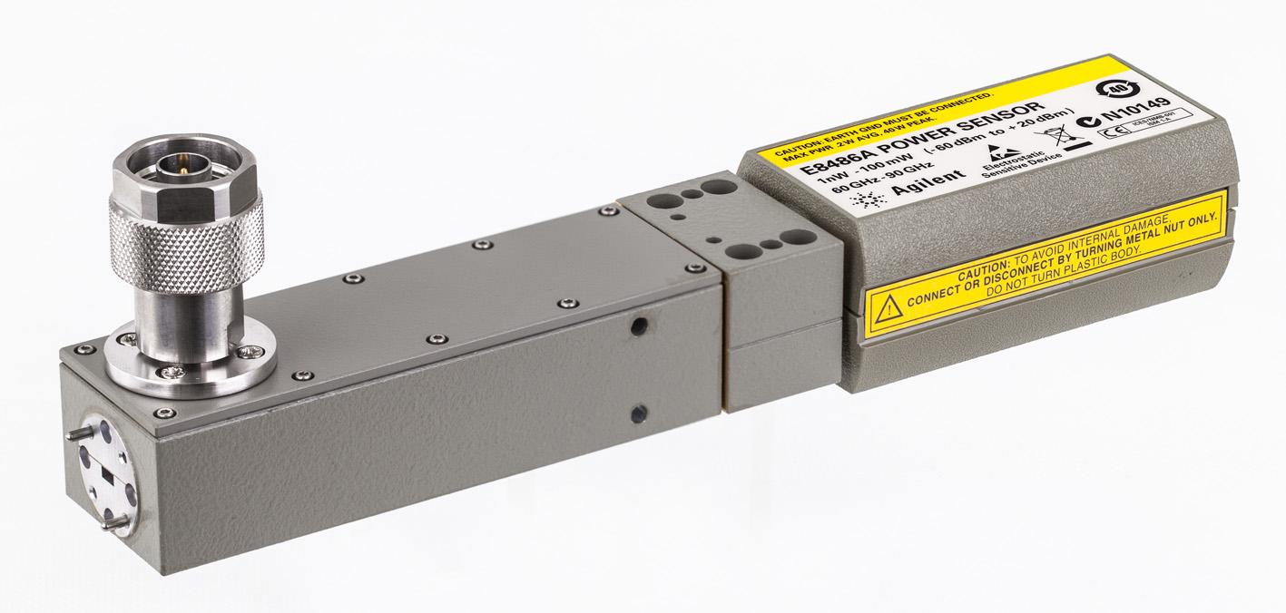 Волноводный преобразователь для точных измерений мощности сигналов E-диапазона частот