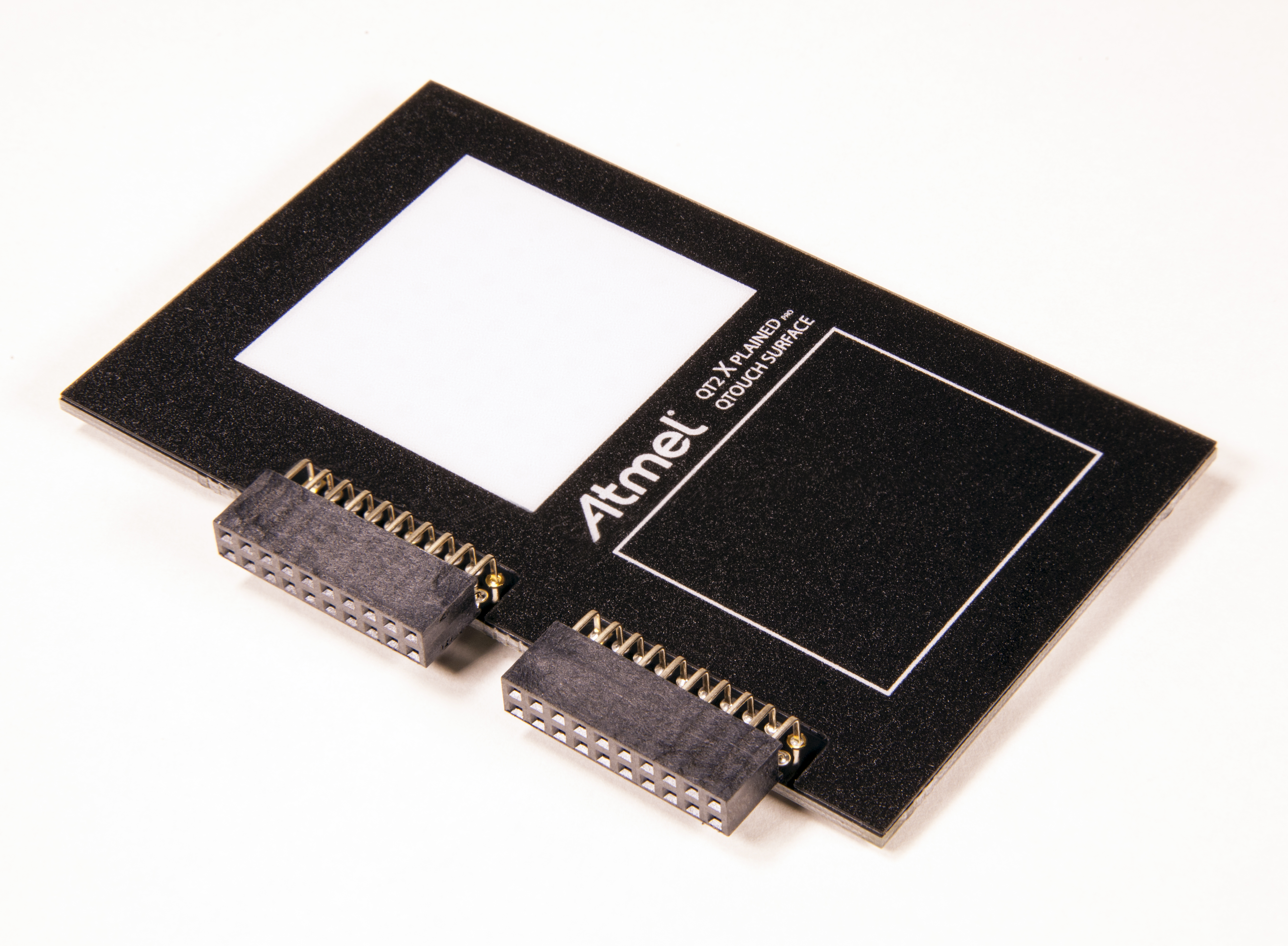Atmel развивает функционал Peripheral Touch Controller
