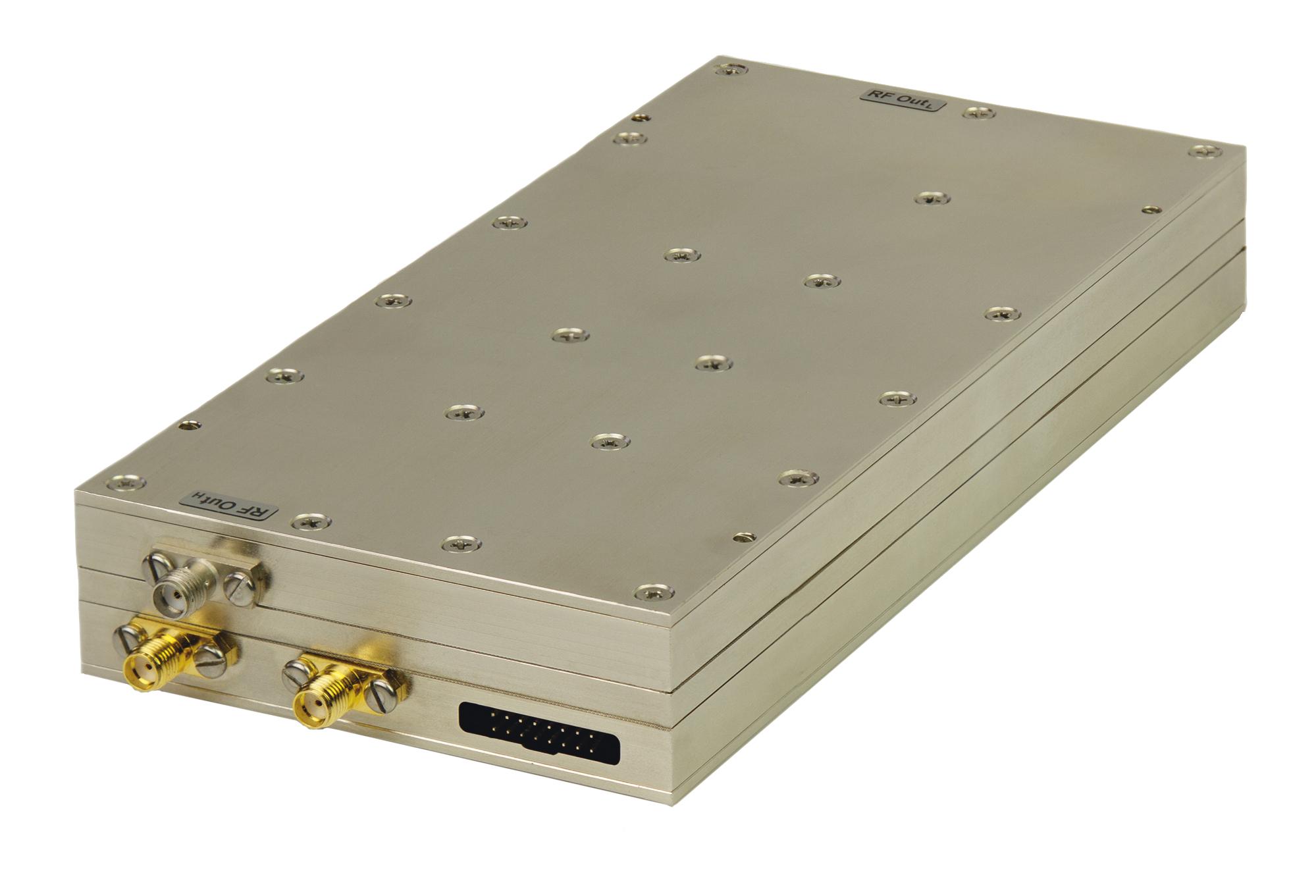Малошумящий СВЧ-синтезатор 100 кГц – 12 ГГц