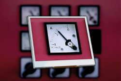 Sharp: 3,5-дюймовый ЖК-дисплей промышленного применения