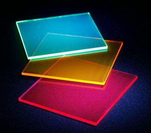 Разработаны цветные прозрачные солнечные ячейки