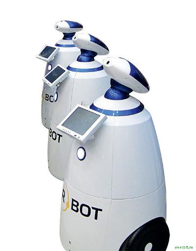 Роботы напоят гостей «GadgetFair – 2014»