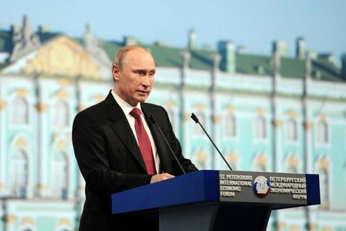 Путин: мы должны вернуть рынок ПО и электроники отечественному производителю
