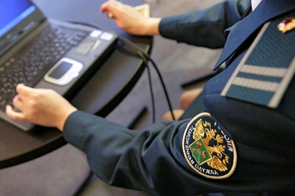 Новый приказ Минфина регулирует выпуск товара под банковскую гарантию таможенного представителя