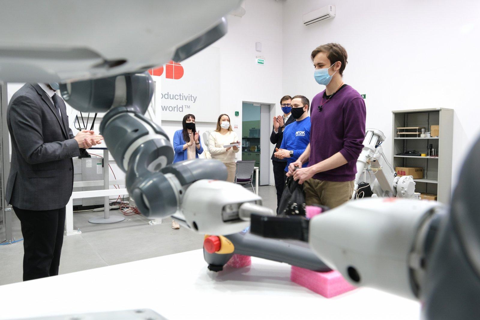 В ОЭЗ «Технополис «Москва» объявлены победители конкурса на лучшую программу для роботов