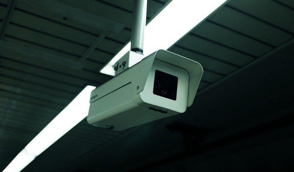 Новый чип превращает обычные камеры наблюдения в аналитические системы
