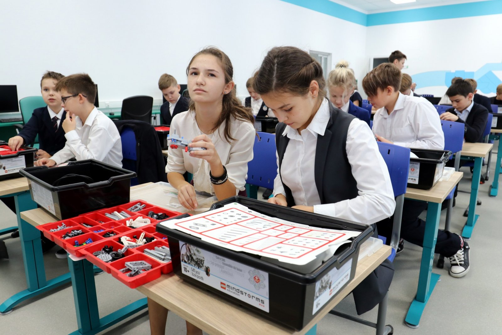 «Умный» конструктор для изучения технологии Интернета вещей в школах