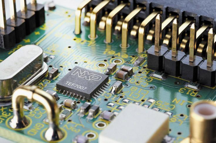 Qualcomm собирается  купить NXP Semiconductors  за $37 млрд